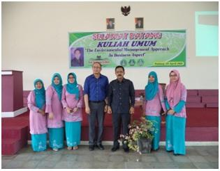 Kuliah umum dengan tema The Environment Management Approach In Business Aspect